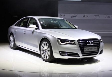 2011-Audi-A8-thumb-450x311