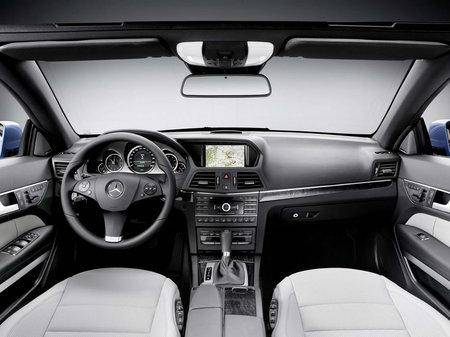 2011_Mercedes_E-Class_Convertible7-thumb-450x337