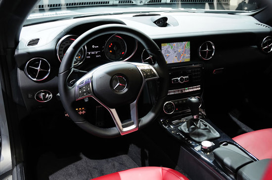 2012-Mercedes-Benz-SLK-Roadster-3-thumb-550x365