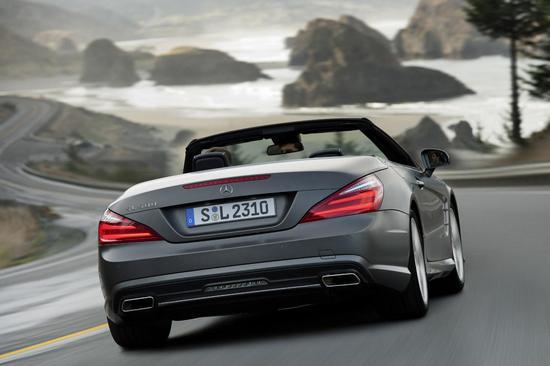 2013-Mercedes-Benz-SL-Class-5-thumb-550x366