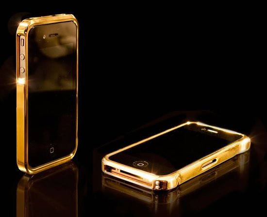 24CT-gold-iphone-4-bump-1-thumb-550x446