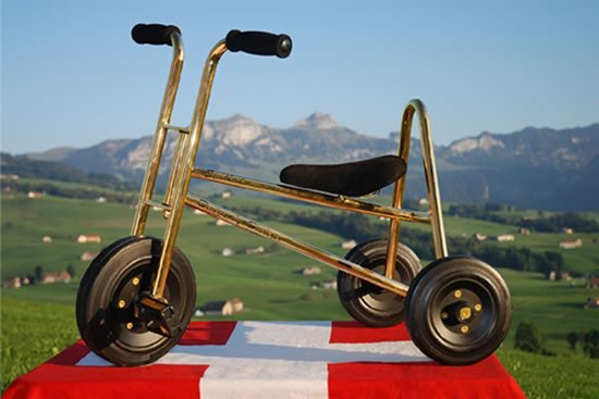 24ct-gold-plated-tricycle-1