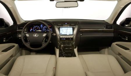 8-2007-2008-lexus-ls-600h-l-thumb