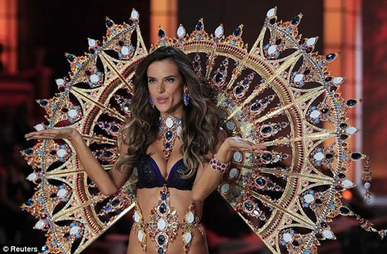 Alessandra-Ambrosio-Swarovski-encrusted-gold-plated-wings-2