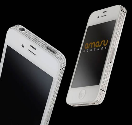 Swarosvski iPhone 4S from Amosu is the perfect luxurious