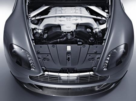 Aston-Martin-V12-Vantage-6