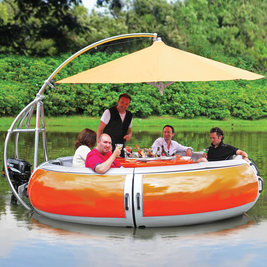 Barbecue-dining-boat-1-thumb-550x550