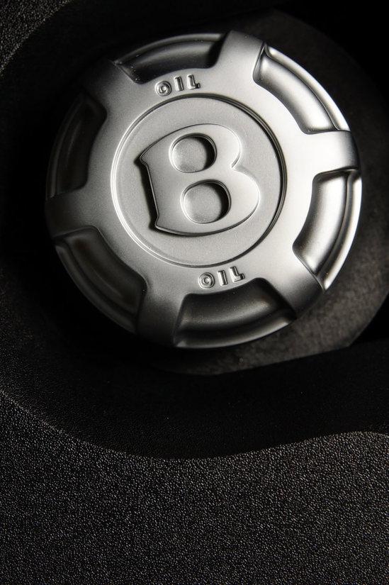 Bentley-new-continental-gtc-v8-6-thumb-550x825
