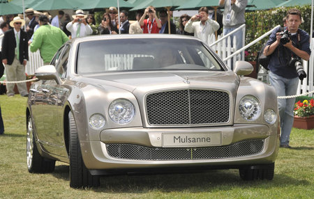 Bentley_Mulsanne-thumb-450x286