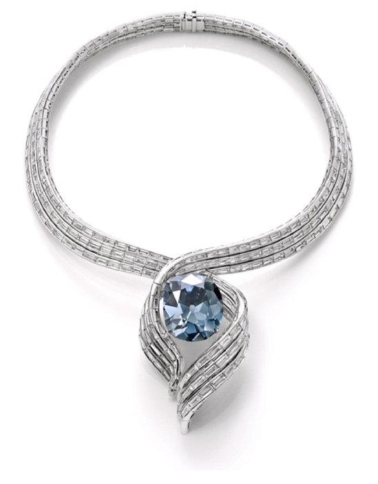 Blue-Hope-Diamond1-thumb-550x704
