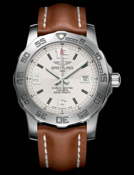 Breitling's-Colt-44-mm-timepiece-4-thumb-550x717