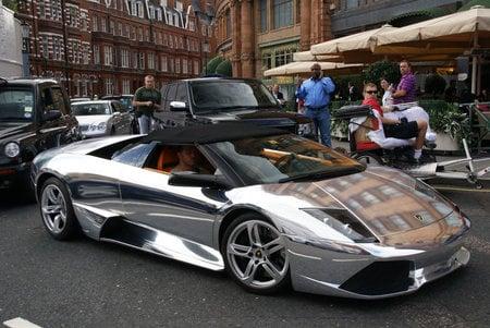 Chrome_Lamborghini_Murcielago_LP640_Roadster-thumb-450x301
