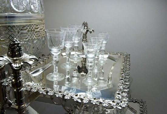 Crystal-and-silver-portable-bar-trolley5-thumb-550x376