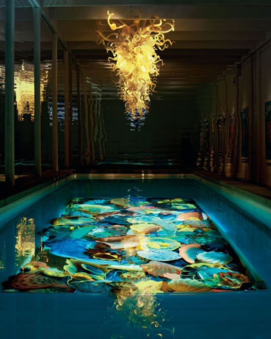 Order a 1 5 million dale chihuly pool sculpture for Outdoor pool sculptures