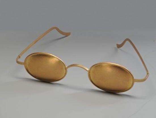 Decorative-Glasses-1