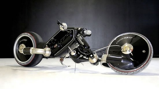 Detonator-Motorcycle-1