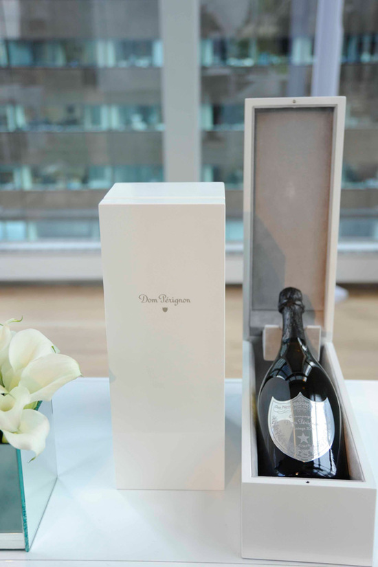 Dom-Perignon-Bottle-Box-thumb-550x825