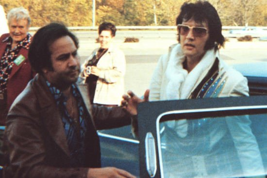 Elvis-Presleys-sunglasses-2-thumb-550x367