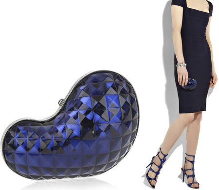 Emilio_Pucci_Bean-shaped_clutch-thumb-450x391