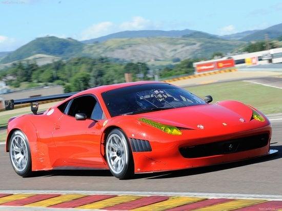 Ferrari-458_Italia_Grand_Am_1-thumb-550x412