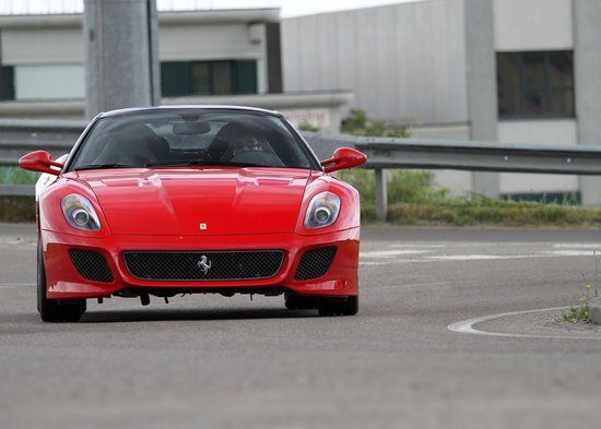 Ferrari-599-Alonso-Edition-1-thumb-550x393