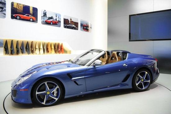 Ferrari-Superamerica-45-thumb-550x366