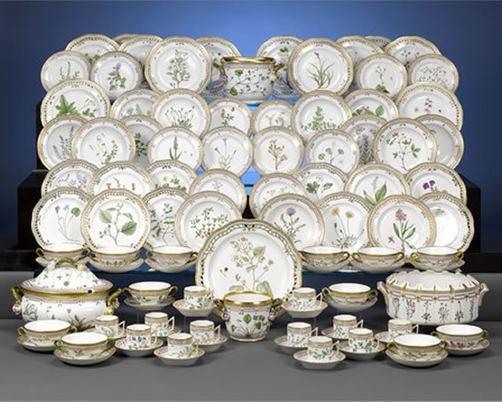 Imagine a formal dinner in for not-so-often used dining hall with a family that comes together rarely. And an occasion like these calls for the best ... & An elegant 101-piece Flora Danica Dinner set with 24-carat gold ...