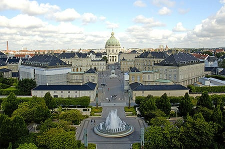 Frederik_VIII_palace-thumb-450x298