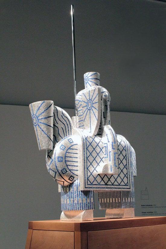 Gold-Bisazza-mosaic-tiles-sculptures3-thumb-550x825
