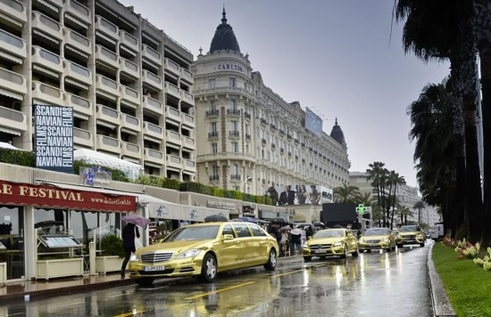 Gold-Mercedes-Benz-Cannes-Film-Festival-2-thumb-550x356