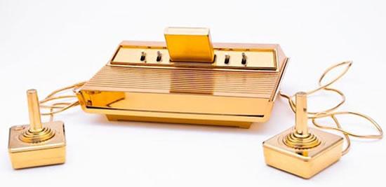 Gold-Plated_Atari-2600-1