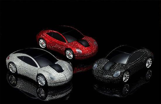 Goldgenie's-Swarovski-Crystal-Wireless-Mouse-thumb-550x358