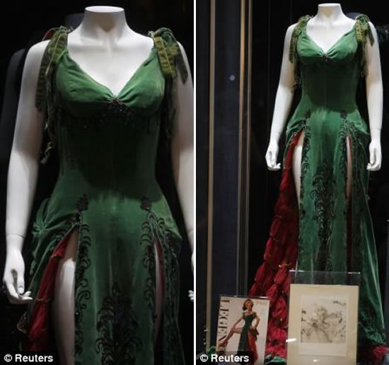 Marilyn Monroe S Green Dress Auctioned Off For Half A