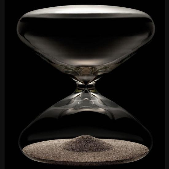 Ikepod-Hourglass-thumb-550x550