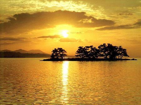 Japanese_island-thumb-450x337