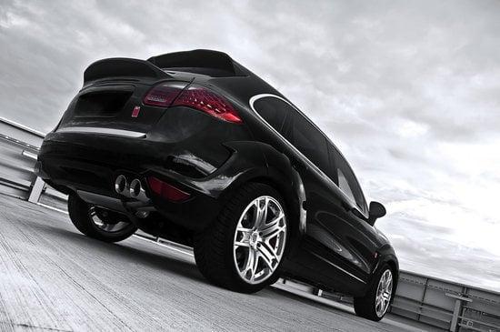 Kahn_Porsche_Cayenne_wide_track_edition_rear-thumb-550x365