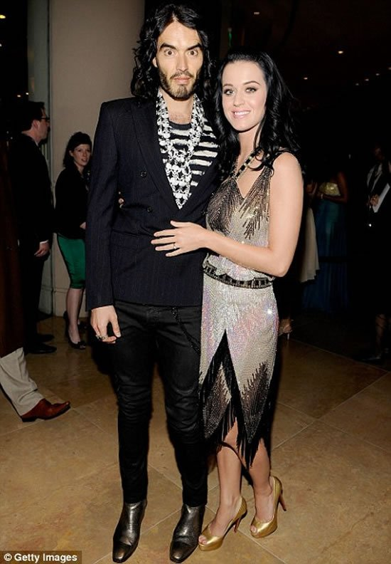 Katy Perry Gifts Russell Brand A 200 000 Ticket To Space