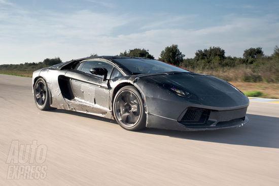 Lamborghini-LP700-4-1-thumb-550x366