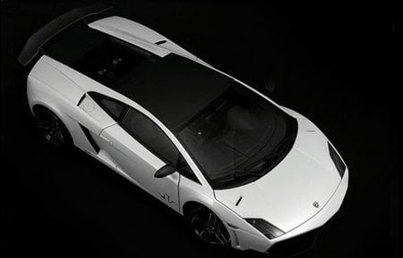 Lamborghini_Gallardo_LP570-4_SuperVeloce-thumb-450x289