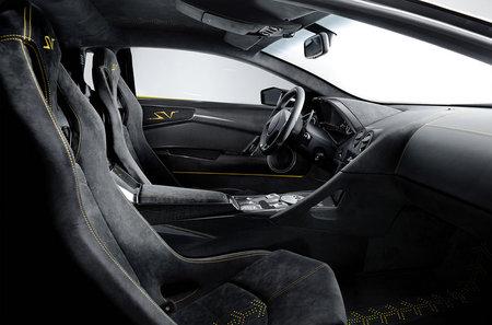 Lamborghini_Murcielago_LP-670-4-SuperVeloce_5-thumb-450x297