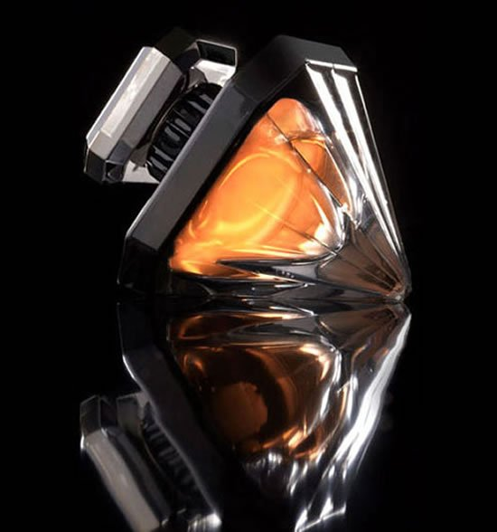 Lancome-Tresor-Diamant-Noir-fragrance-1-thumb-550x588