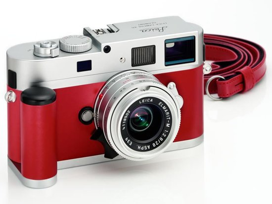Leica-M9-P-silver-red-limited-edition-camera-thumb-550x412