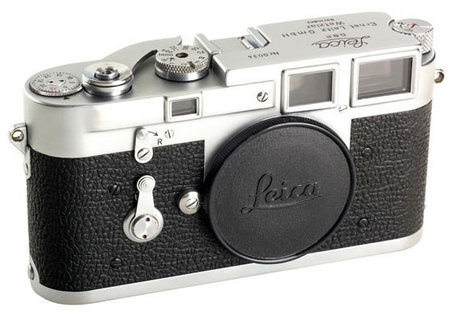 Leica_Prototype-thumb-450x320