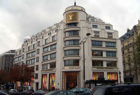 Louis-Vuitton-Paris-thumb-550x375