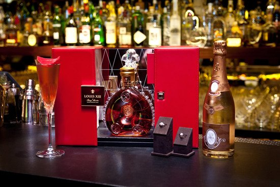 Louis-XIII-Cristal-Leviev-and-Cocktail-1-thumb-550x368
