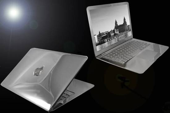 MacBook-Air-Supreme-Ice-Edition-thumb-550x3661