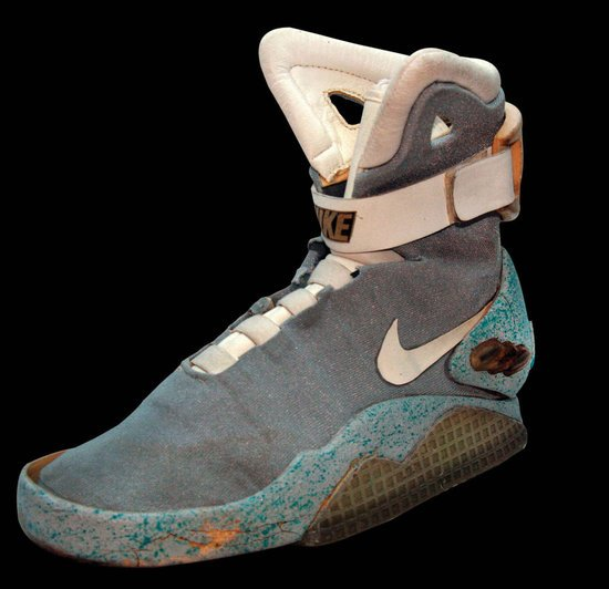Marty-McFly's-sneakers-thumb-550x532