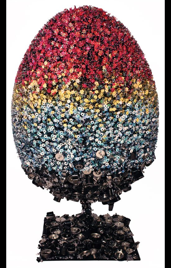 Mary-Katrantzou-Teflon-egg