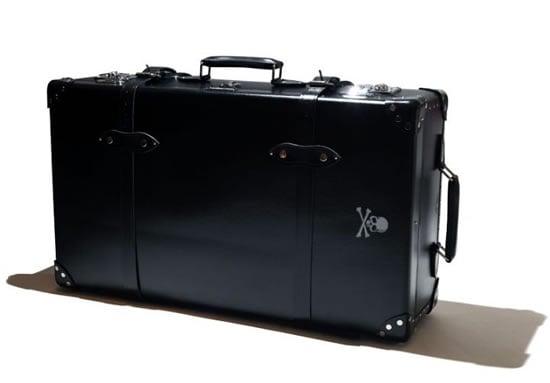 Mastermind-JAPAN-x-Globe-Trotter-suitcase-2