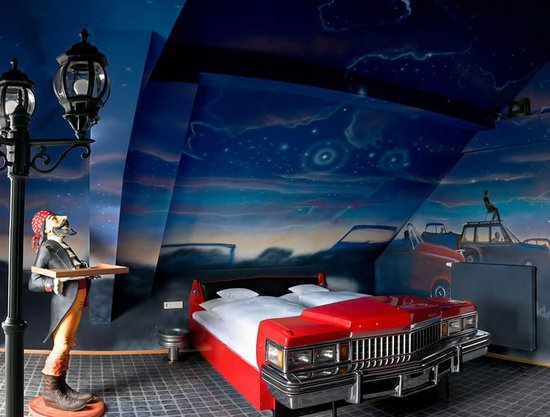 V8 Hotel In Stuttgart Offers Automotive Themed Rooms
